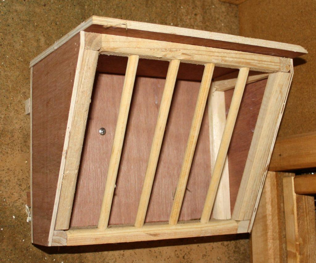Hochwertige Heuraufe aus Holz